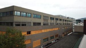 Sanierung mit Photovoltaikfassade - Ruggell